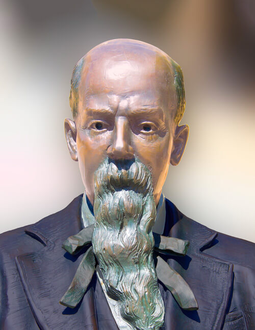 Statue of Charles Hackley
